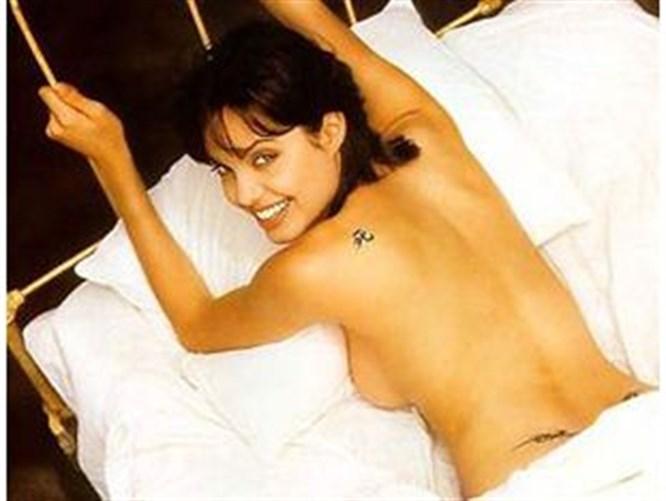 Angelina Jolie ikiz bekliyor